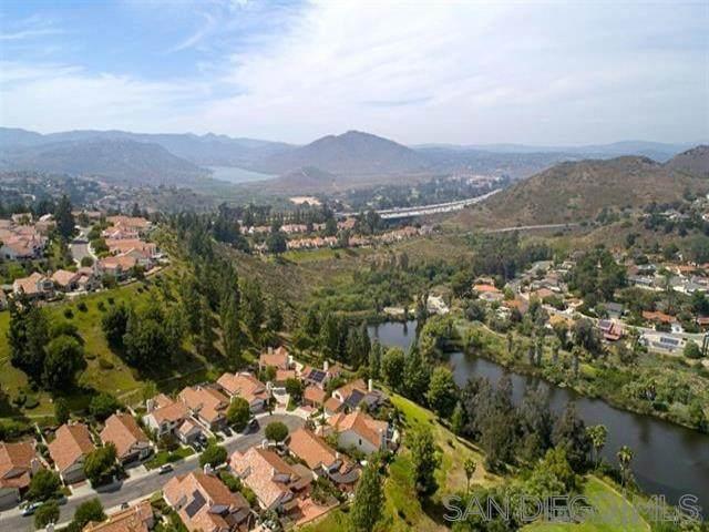 12011 Versailles, San Diego, CA 92128 (#200044713) :: Neuman & Neuman Real Estate Inc.