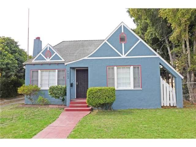 7563 Pacific Ave, Lemon Grove, CA 91945 (#200045823) :: Neuman & Neuman Real Estate Inc.