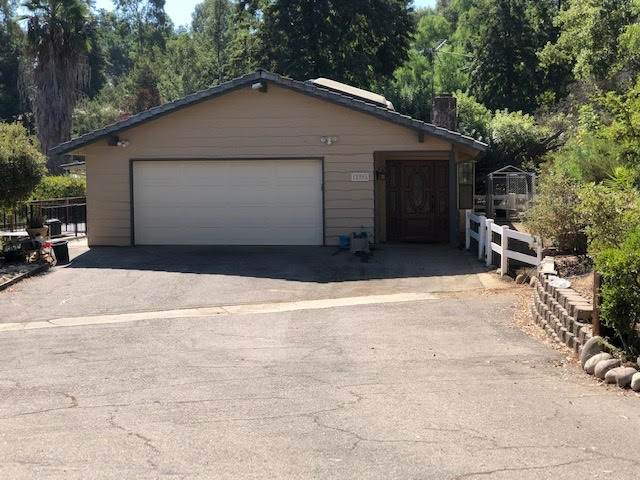 12085 Rocoso, Lakeside, CA 92040 (#200046316) :: Yarbrough Group