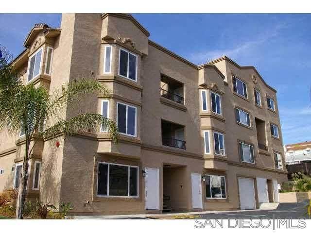 5722 Riley St #3, San Diego, CA 92110 (#200050382) :: Neuman & Neuman Real Estate Inc.
