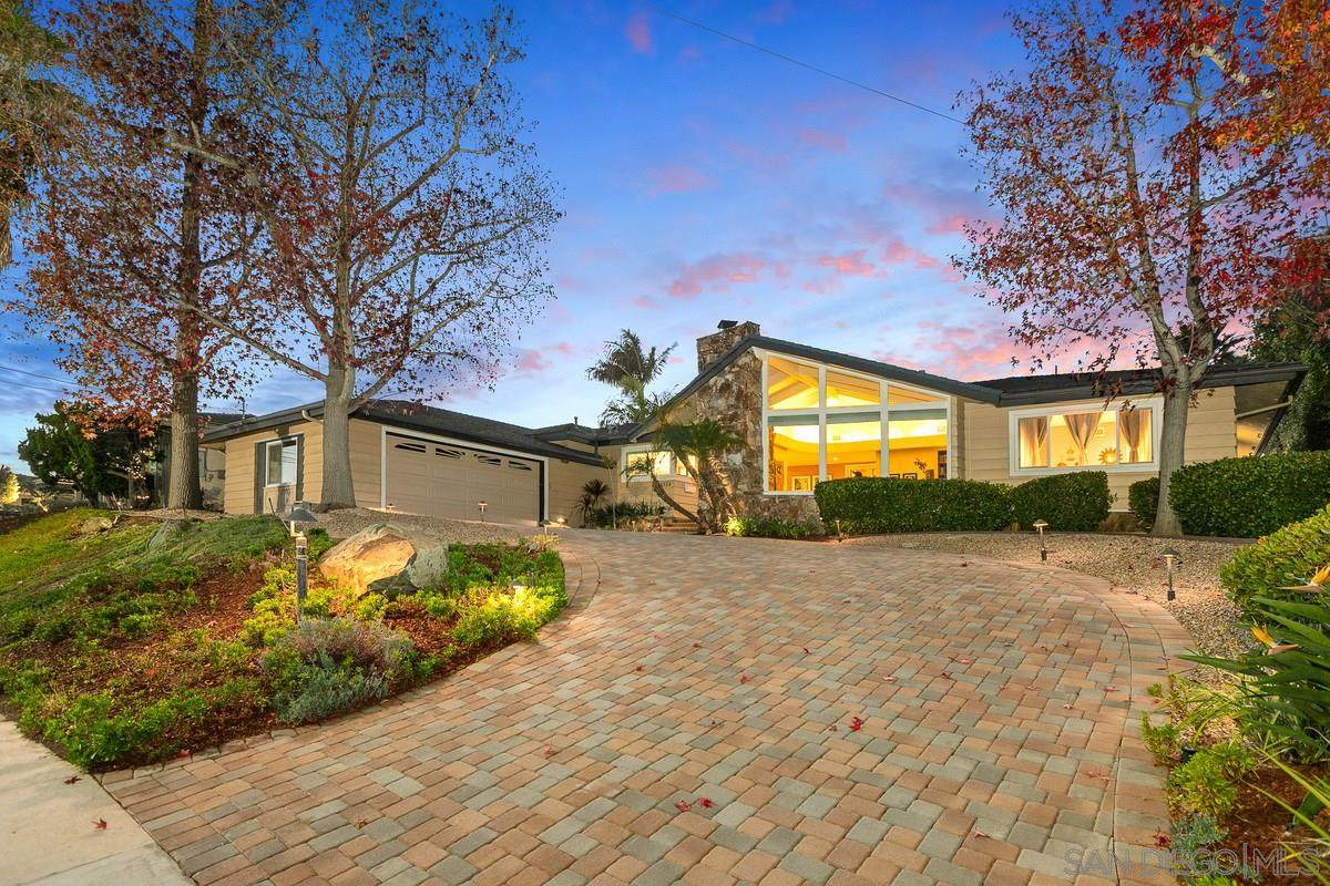 6304 Cypress Point Rd - Photo 1