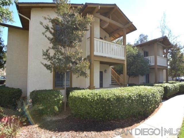 1423 Graves Ave #113, El Cajon, CA 92021 (#210000652) :: Yarbrough Group