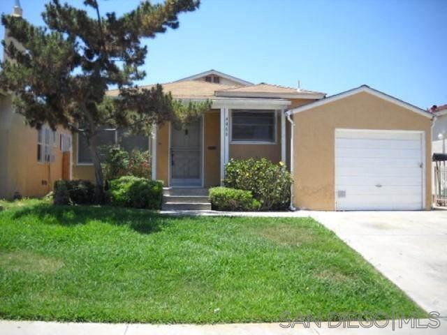 4466-4468 51st Street, San Diego, CA 92115 (#210003040) :: Carrie Filla & Associates