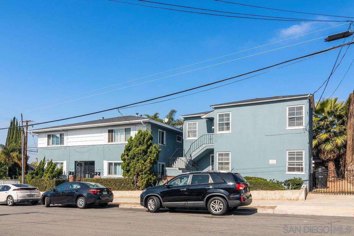 110-32 Ivy Street - Photo 1