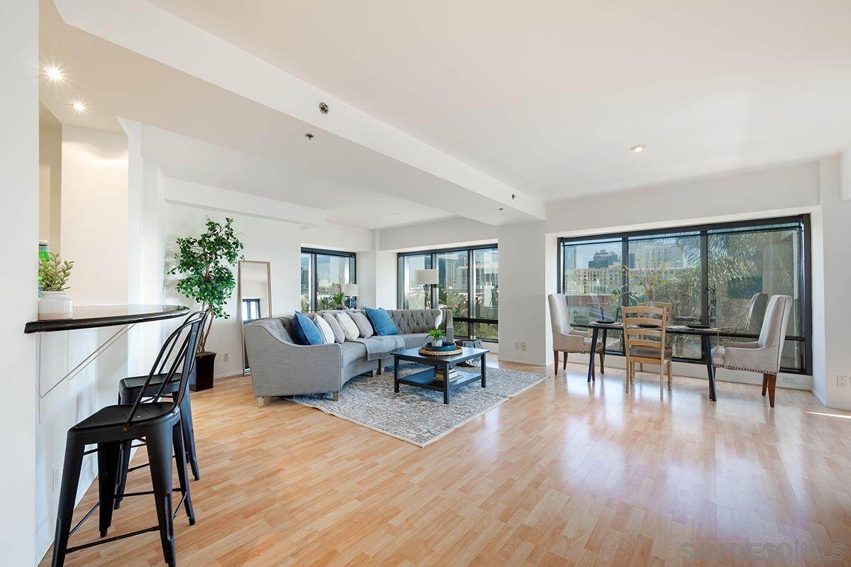 100 Harbor Drive - Photo 1