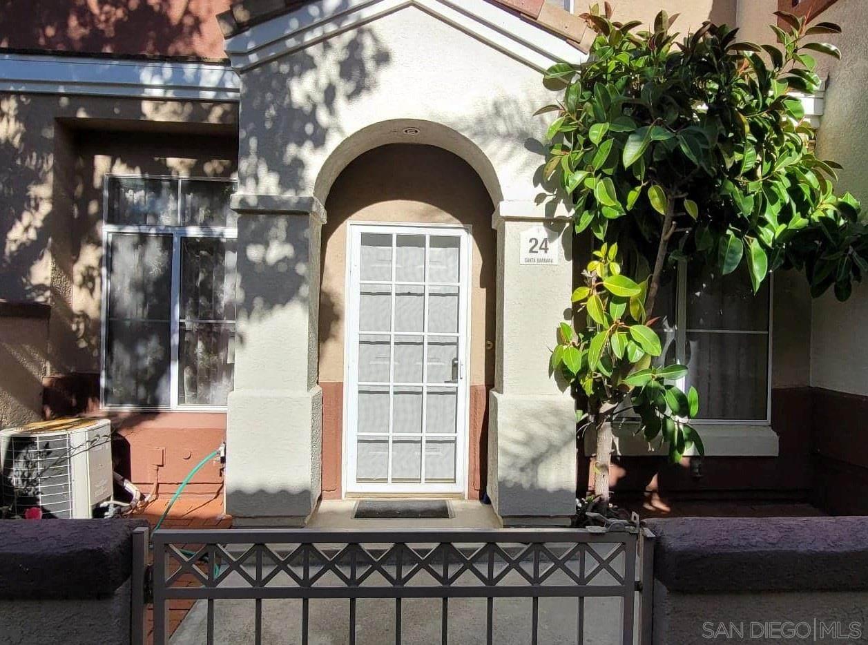 24 Santa Barbara Ct - Photo 1