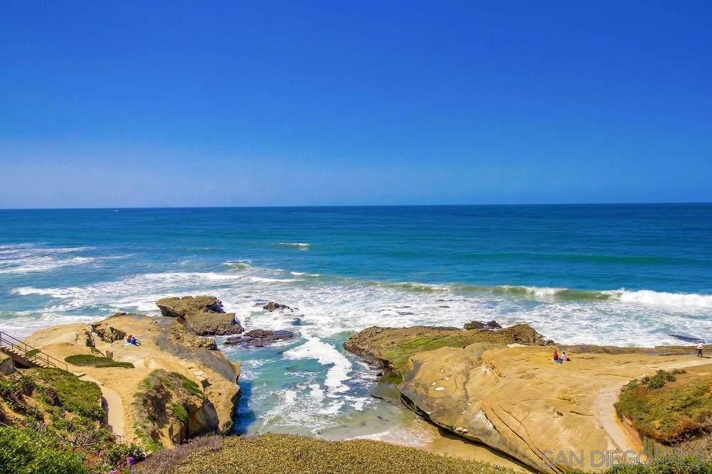 1724 Ocean Front St - Photo 1