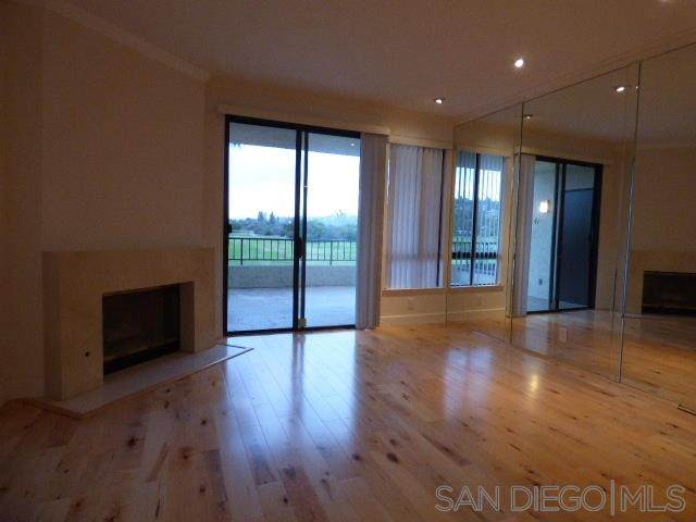 5895 Friars Rd #5105, San Diego, CA 92110 (#210008293) :: PURE Real Estate Group
