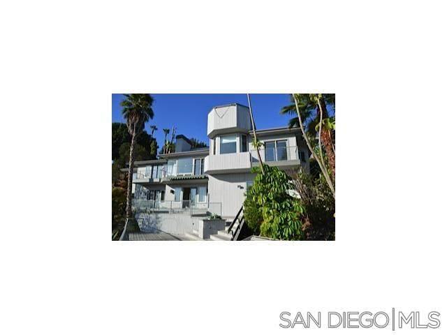 5639 Desert View Drive, La Jolla, CA 92037 (#210009003) :: Neuman & Neuman Real Estate Inc.