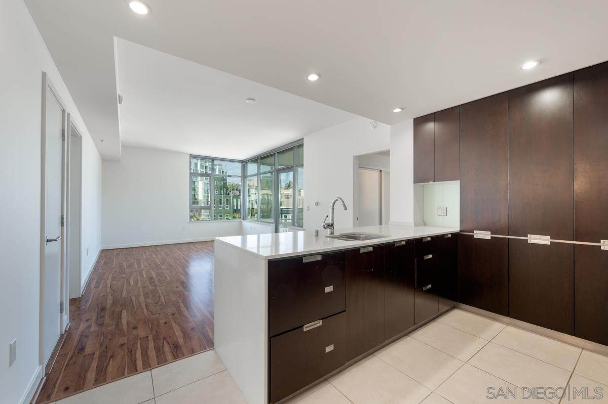 1441 9Th Ave - Photo 1