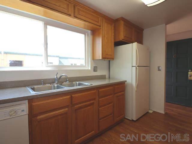 8749 Lake Murray Blvd #8, San Diego, CA 92119 (#210011340) :: Yarbrough Group