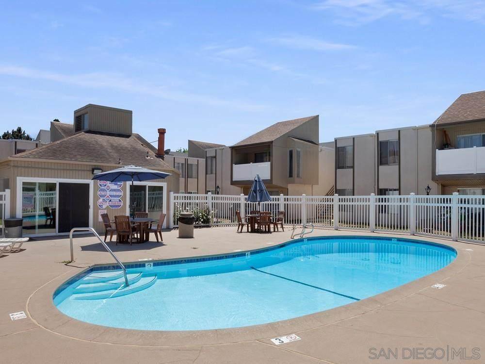 8034 Linda Vista Rd - Photo 1