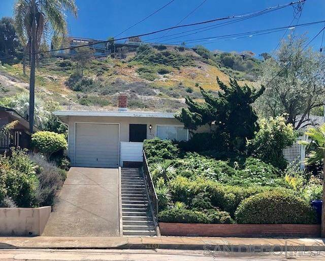 6449 Dowling Dr, La Jolla, CA 92037 (#210011556) :: Keller Williams - Triolo Realty Group