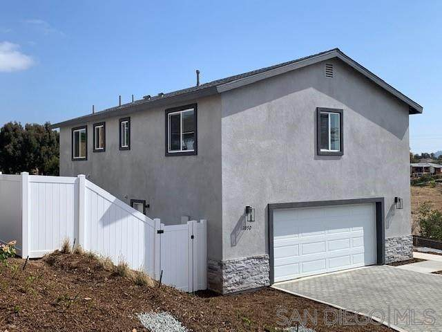 7050 Bryson Lane, Lemon Grove, CA 91945 (#210011871) :: Keller Williams - Triolo Realty Group