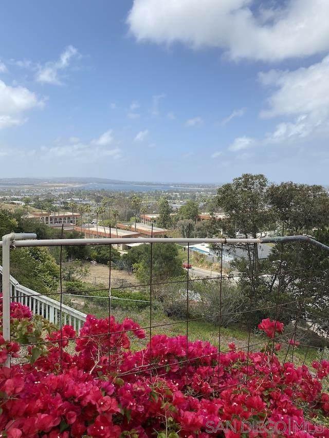 3926 Kenosha Ave, San Diego, CA 92117 (#210013821) :: Zember Realty Group