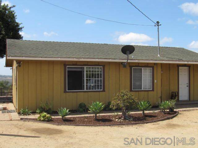 31257 Via Puerta Del Sol, Bonsall, CA 92003 (#210014170) :: The Marelly Group | Sentry Residential