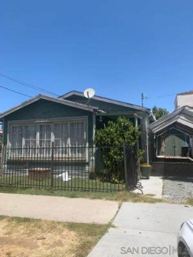 629 G St, Chula Vista, CA 91910 (#210015742) :: Neuman & Neuman Real Estate Inc.