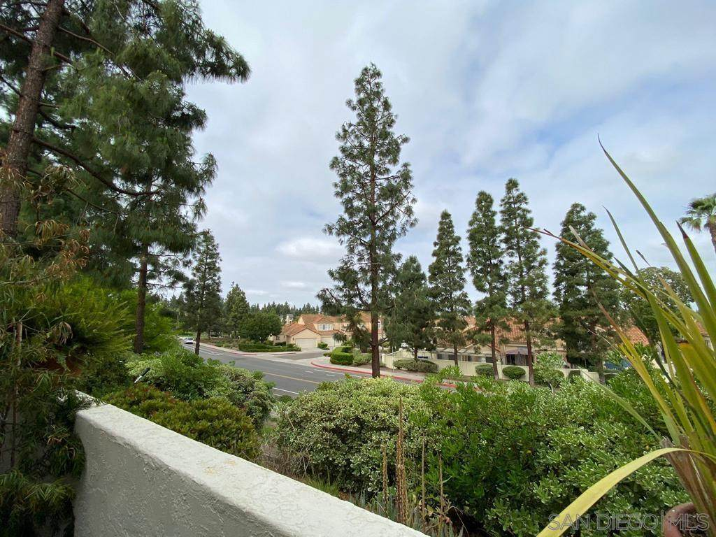 742 Eastshore Terrace - Photo 1