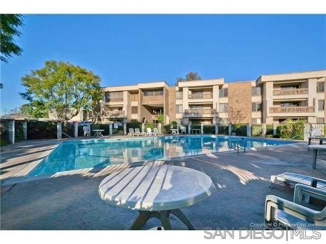 1010 E Washington Avenue #69, Escondido, CA 92025 (#210016228) :: Zember Realty Group
