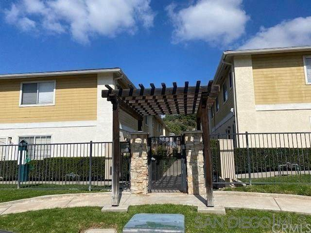 9210 Kenwood Dr B, Spring Valley, CA 91977 (#210017034) :: PURE Real Estate Group