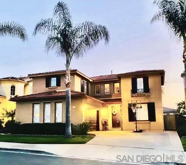 694 Feather Dr, San Marcos, CA 92069 (#210017879) :: Neuman & Neuman Real Estate Inc.