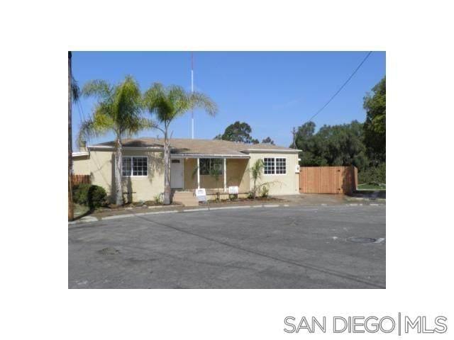 5172 Silk Place, San Diego, CA 92105 (#210020291) :: Dannecker & Associates