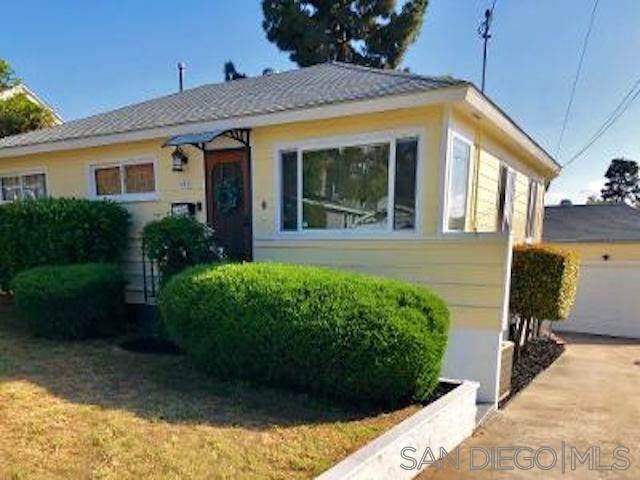4512 Maple, La Mesa, CA 91941 (#210021972) :: Zember Realty Group