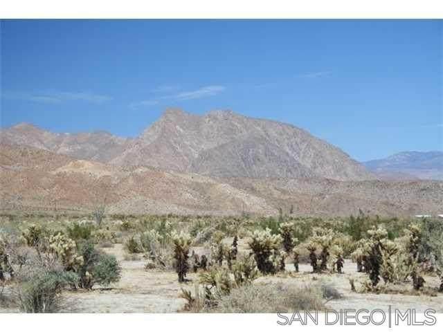 25 Country Club Drive #25, Borrego Springs, CA 92004 (#210025952) :: Keller Williams - Triolo Realty Group