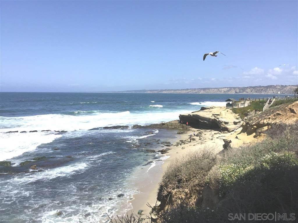 939 Coast - Photo 1