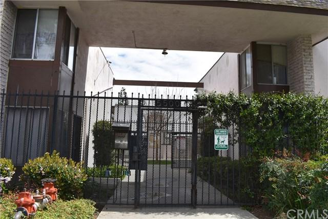 5500 Ackerfield Avenue #102, Long Beach, CA 90805 (#300656213) :: Steele Canyon Realty