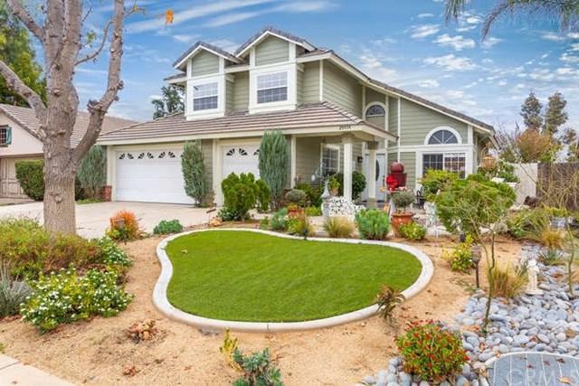 29074 Palm View Street, Lake Elsinore, CA 92530 (#300676637) :: Heller The Home Seller