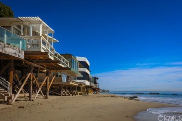 25022 Malibu Road, Malibu, CA 90265 (#300677696) :: Coldwell Banker Residential Brokerage