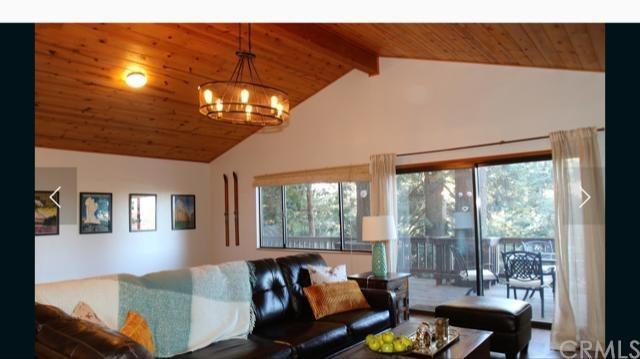 657 Lake Drive, Lake Arrowhead, CA 92352 (#300684359) :: Coldwell Banker Residential Brokerage
