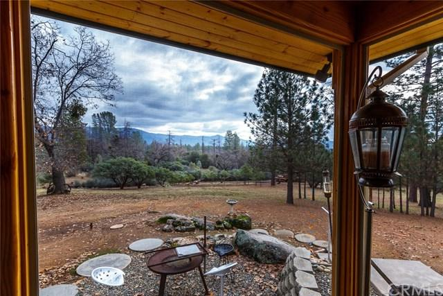 5246 Tip Top Road, Mariposa, CA 95338 (#300685383) :: Steele Canyon Realty