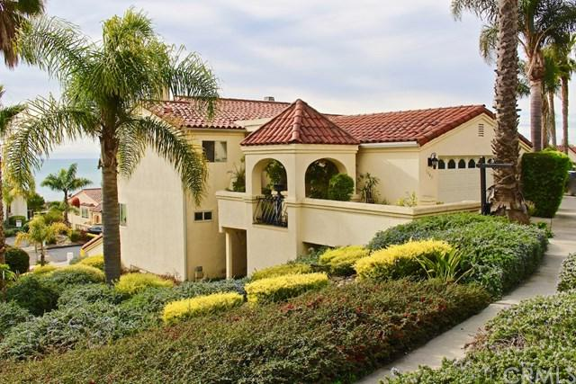 1945 Barcelona #2, Pismo Beach, CA 93449 (#300685430) :: Steele Canyon Realty
