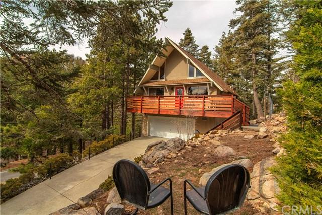 26766 Oakmont Drive, Lake Arrowhead, CA 92352 (#300685508) :: Coldwell Banker Residential Brokerage