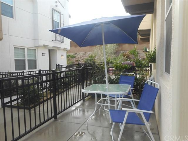 40391 Calle Real, Murrieta, CA 92563 (#300734996) :: Coldwell Banker Residential Brokerage