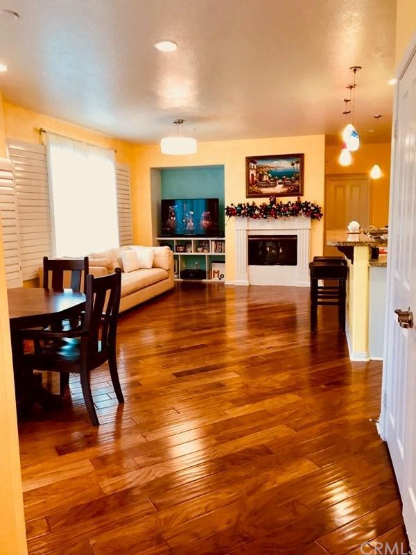 1407 Montgomery Street, Tustin, CA 92782 (#300735198) :: Heller The Home Seller