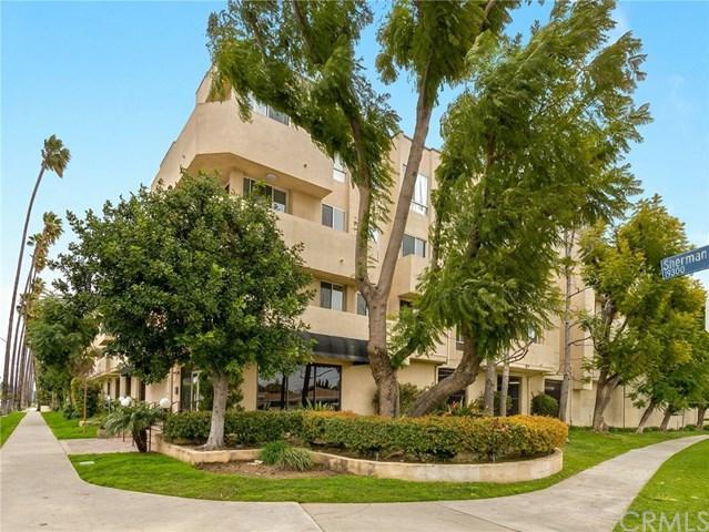 19350 Sherman Way #229, Reseda, CA 91335 (#300967128) :: Coldwell Banker Residential Brokerage