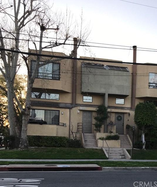1701 Cedar Street - Photo 1