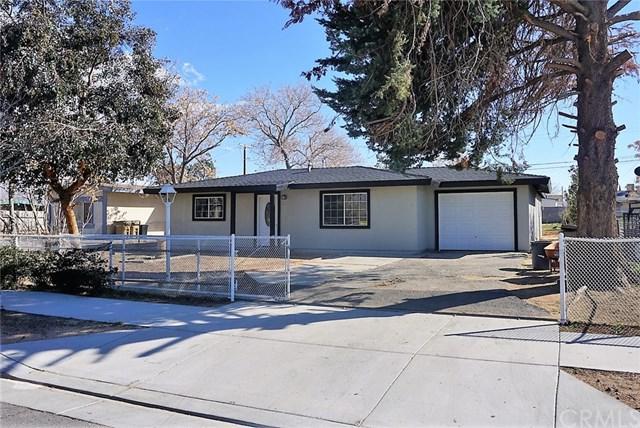 16083 Smoke Tree Street, Hesperia, CA 92345 (#300971896) :: Coldwell Banker Residential Brokerage