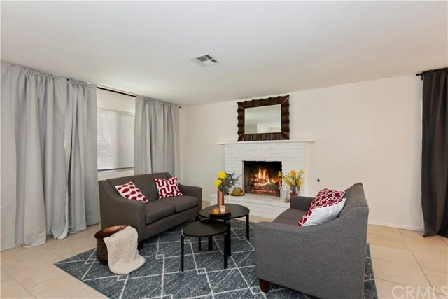 17533 Danbury Avenue, Hesperia, CA 92345 (#300973317) :: Coldwell Banker Residential Brokerage