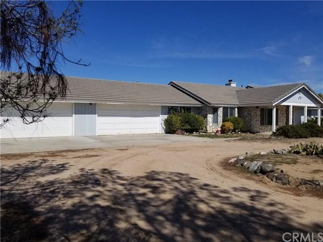 14674 Muscatel Street, Hesperia, CA 92345 (#300973513) :: Coldwell Banker Residential Brokerage