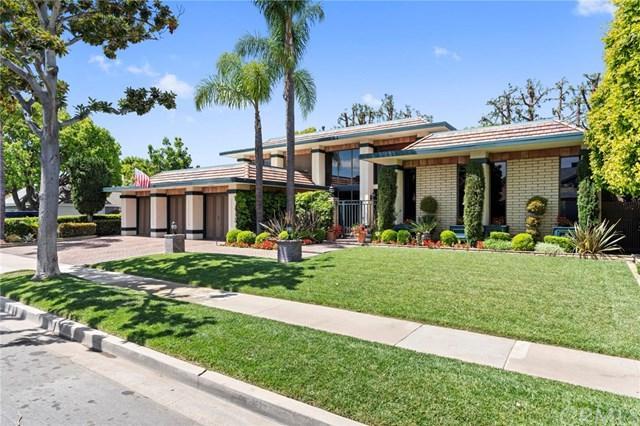 1323 Santiago Drive, Newport Beach, CA 92660 (#301121059) :: Coldwell Banker Residential Brokerage