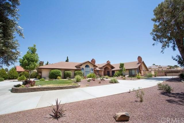 12915 Valley View Court, Apple Valley, CA 92308 (#301122715) :: Whissel Realty