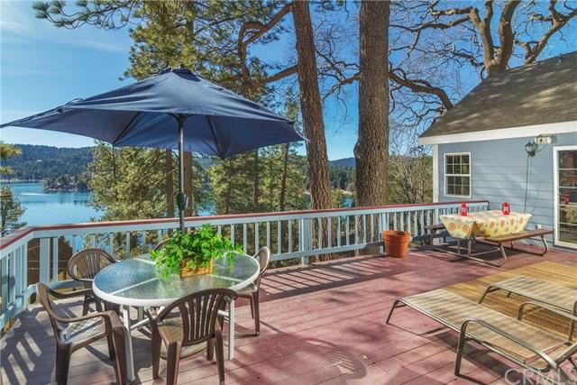 842 Wild Rose Circle, Lake Arrowhead, CA 92352 (#301122729) :: Whissel Realty