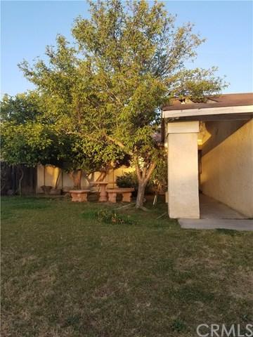 4404 Lantados Street, Bakersfield, CA 93307 (#301180142) :: Coldwell Banker Residential Brokerage