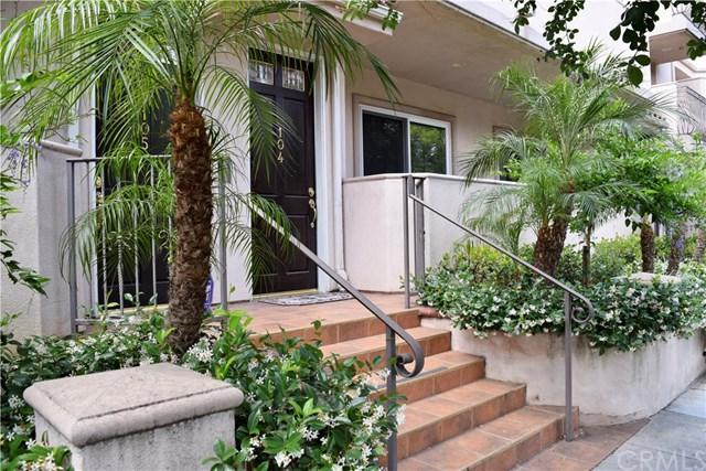 572 E San Jose Avenue #104, Burbank, CA 91501 (#301244790) :: COMPASS