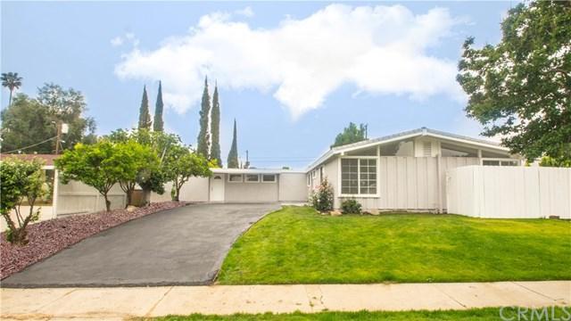 18720 Gilmore Street, Reseda, CA 91335 (#301530664) :: Coldwell Banker Residential Brokerage