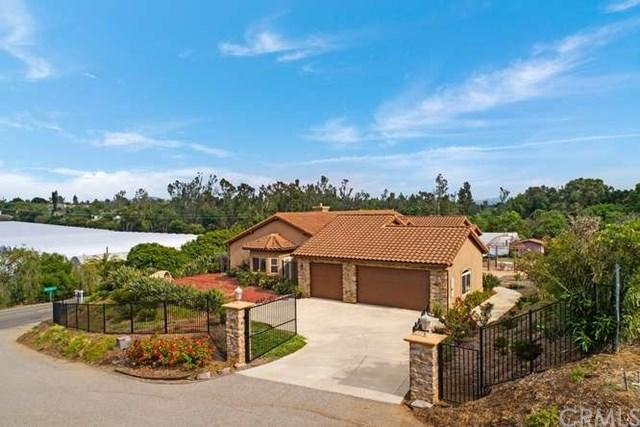 1985 Grey Rabbit Hollow Lane, Fallbrook, CA 92028 (#301533810) :: Ascent Real Estate, Inc.